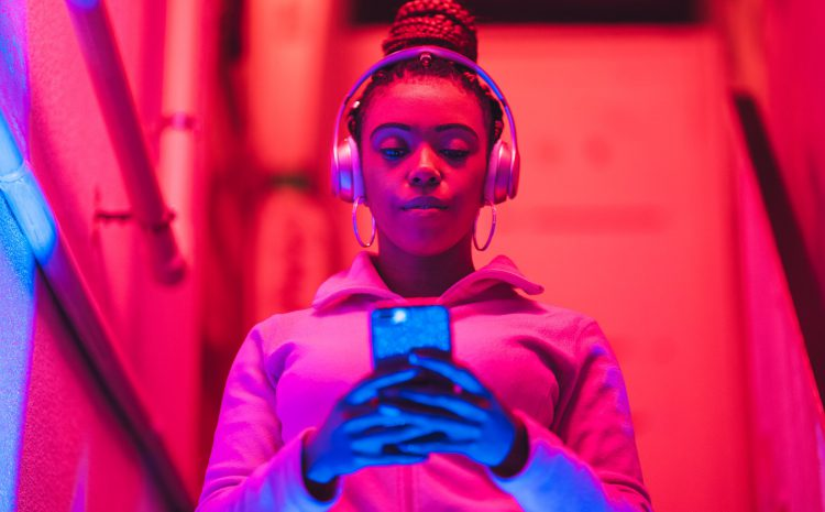 7 Apps to Make the Most of Your Streaming Music Subscription