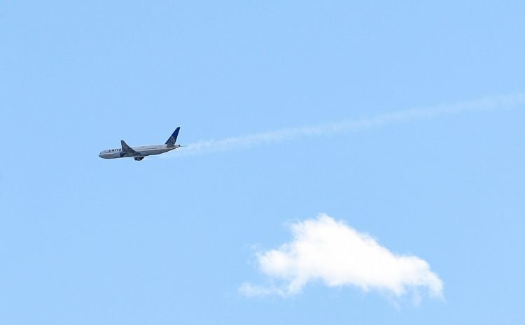 How Planes Keep Flying After an Engine Catches Fire