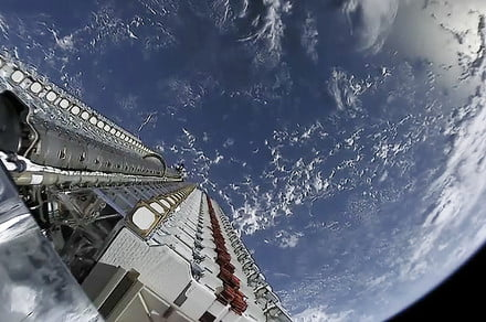 SpaceX launches more Starlink satellites, along with rideshare satellites